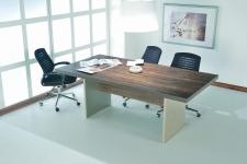 Berussa Toplantı Masası